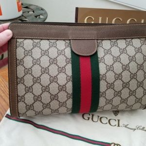 ❤Holiday Sale❤Gucci Accessory Collection Clutch